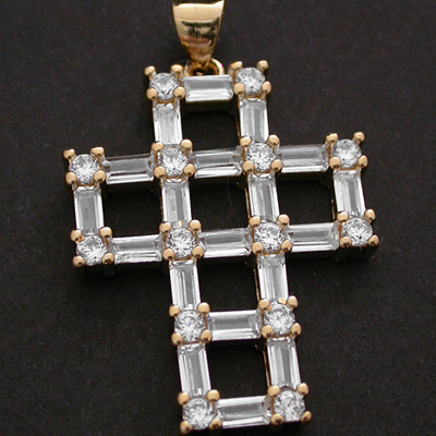 CZP-486 14k Gold GL Created Diamond Cross Pendant