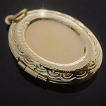 LKT-20 - Large Oval 14k Gold Layered Engraved Opening Locket